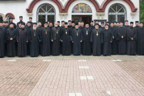 Братски састанак и исповест свештенства  Архијерејског намесништва жичког у Врњачкој Бањи
