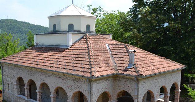 Прослављен празник првоврховних апостола Петра и Павла у Богутовцу