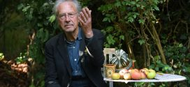 Петар Хандке добитник Нобелове награде за књижевност